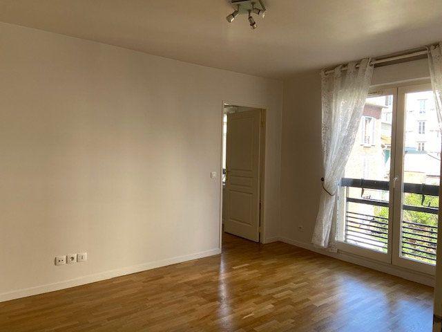 Appartement à louer 2 34.66m2 à Nogent-sur-Marne vignette-3