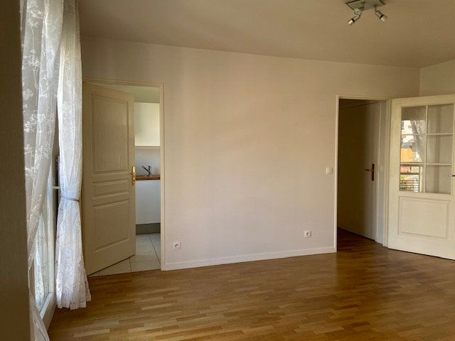 Appartement à louer 2 34.66m2 à Nogent-sur-Marne vignette-5