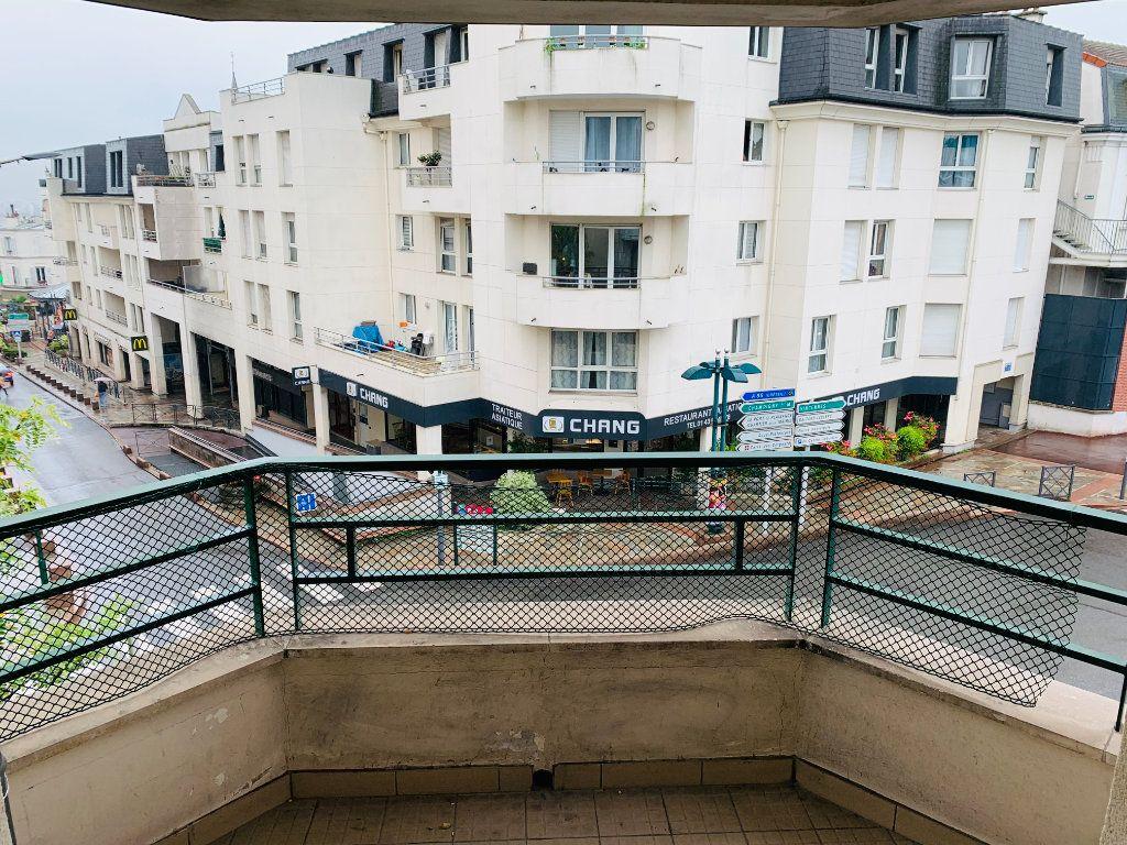 Appartement à louer 2 46m2 à Nogent-sur-Marne vignette-7