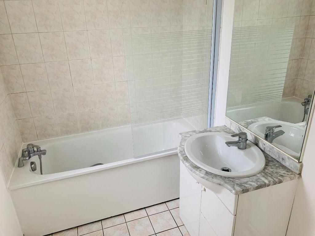 Appartement à louer 2 46m2 à Nogent-sur-Marne vignette-8