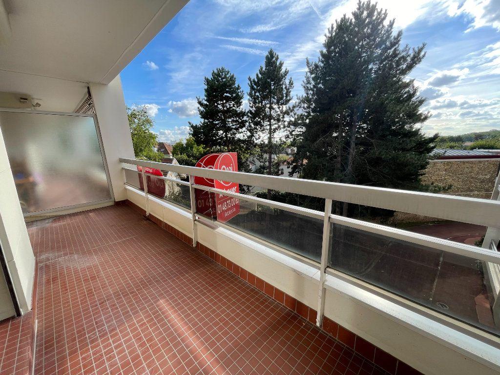 Appartement à louer 2 54.25m2 à Nogent-sur-Marne vignette-4
