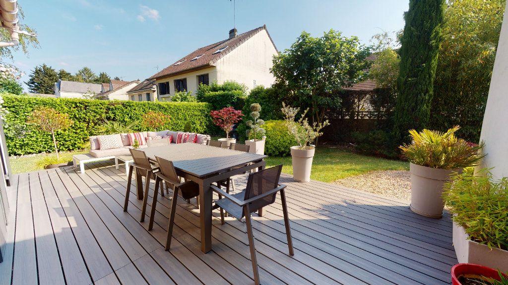 Maison à vendre 9 200m2 à Le Plessis-Trévise vignette-1