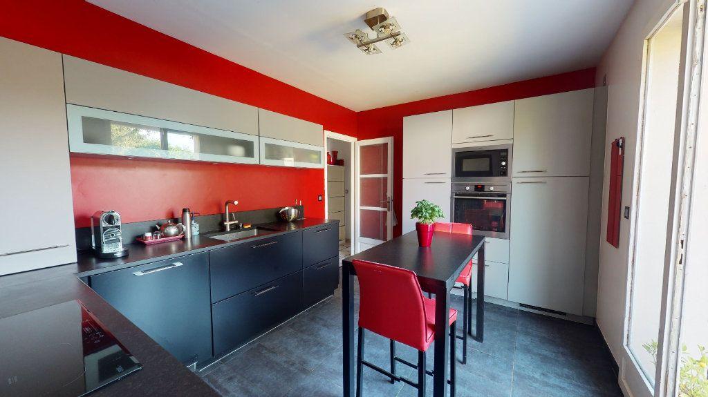 Maison à vendre 9 200m2 à Le Plessis-Trévise vignette-2