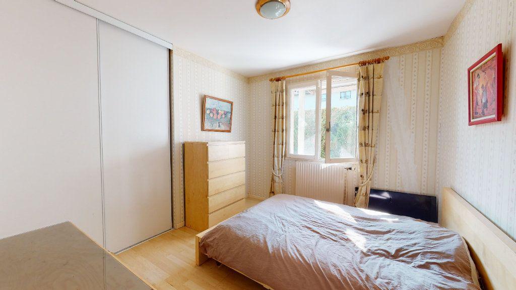 Maison à vendre 9 200m2 à Le Plessis-Trévise vignette-8