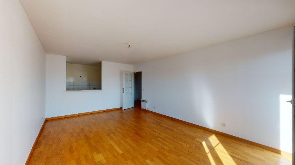 Appartement à vendre 3 68.5m2 à Villiers-sur-Marne vignette-3