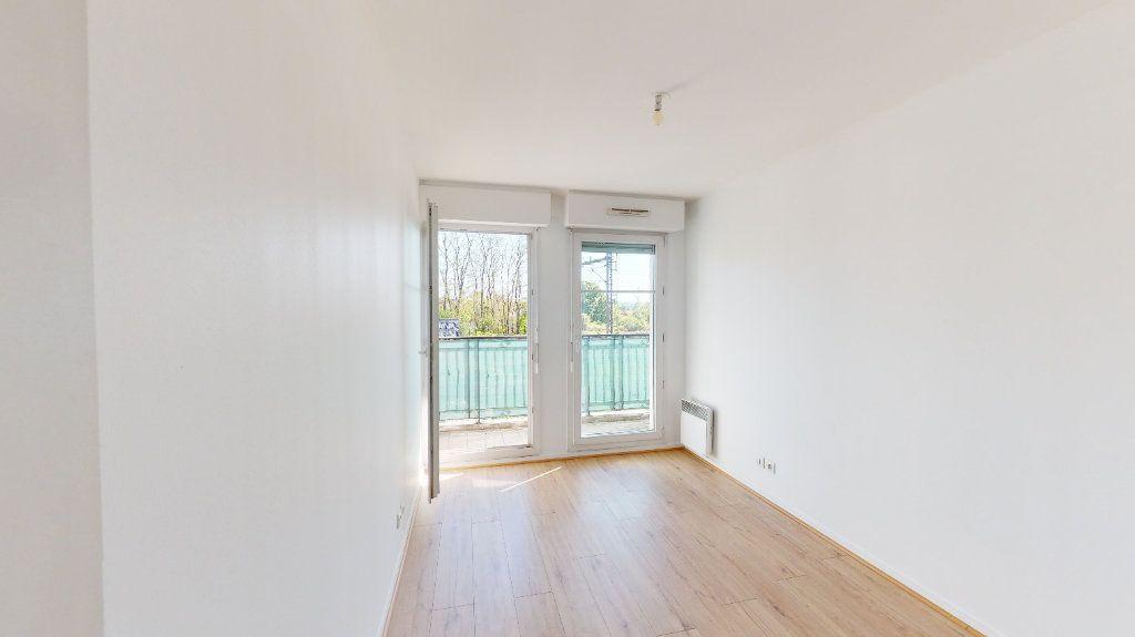 Appartement à vendre 3 68.5m2 à Villiers-sur-Marne vignette-4