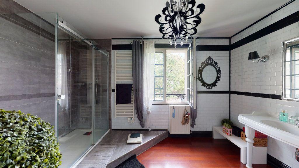 Maison à vendre 7 180m2 à Le Plessis-Trévise vignette-7