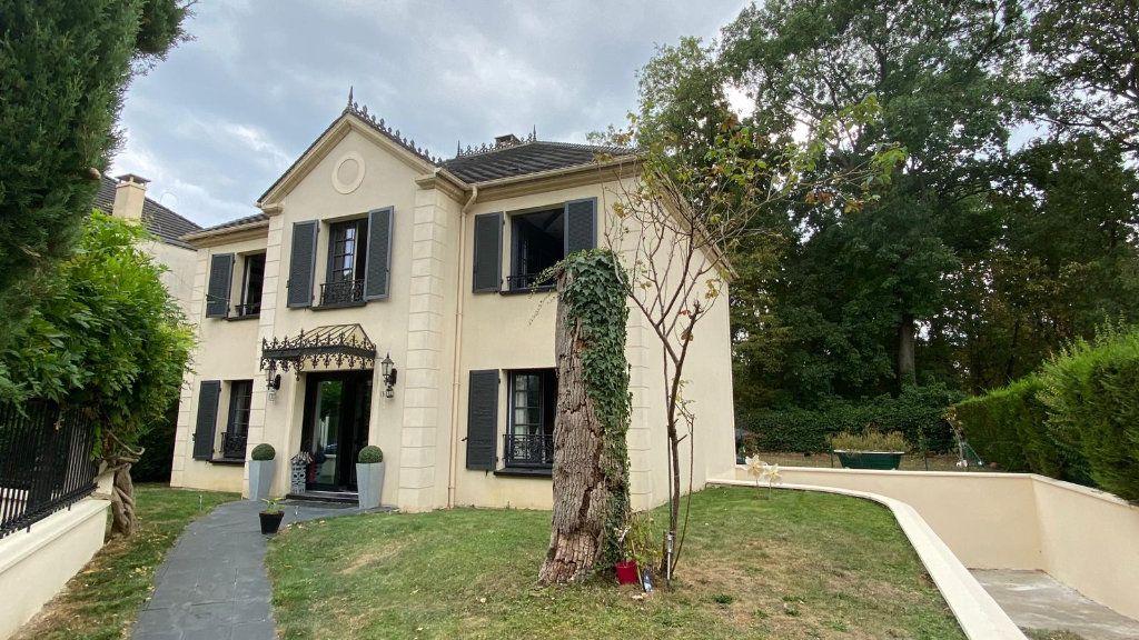 Maison à vendre 7 180m2 à Le Plessis-Trévise vignette-14