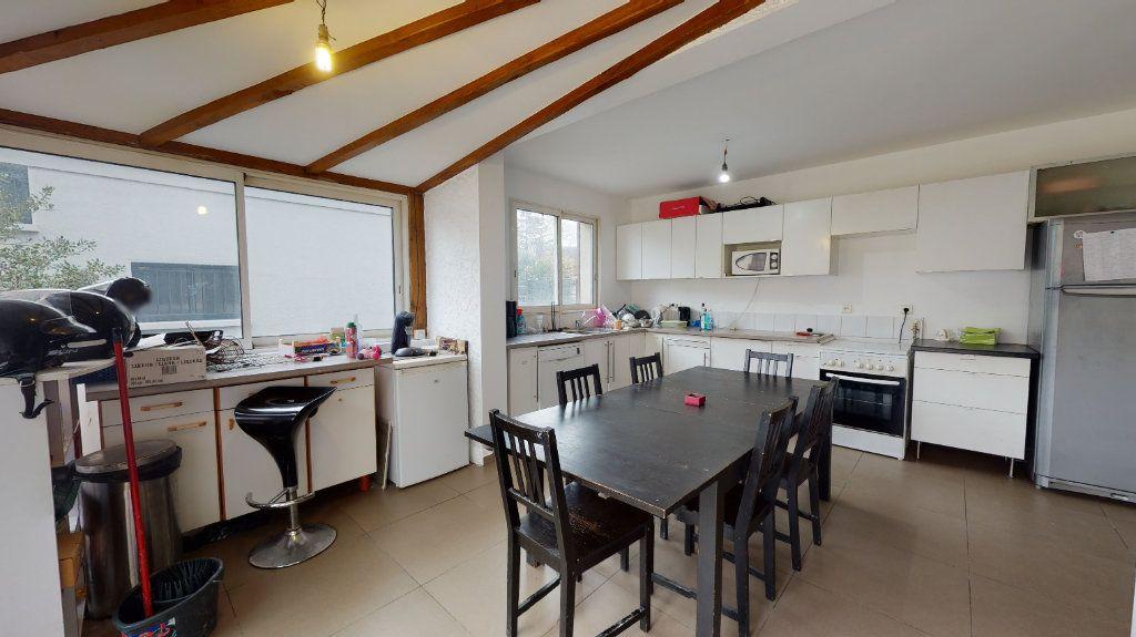 Maison à vendre 10 255m2 à Le Plessis-Trévise vignette-4