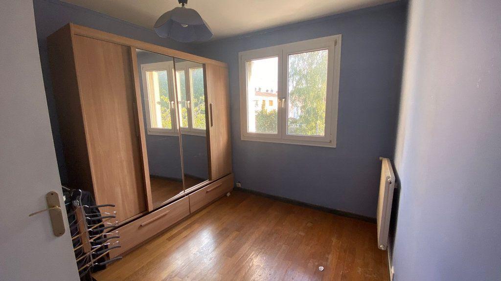 Maison à vendre 5 85m2 à La Queue-en-Brie vignette-4