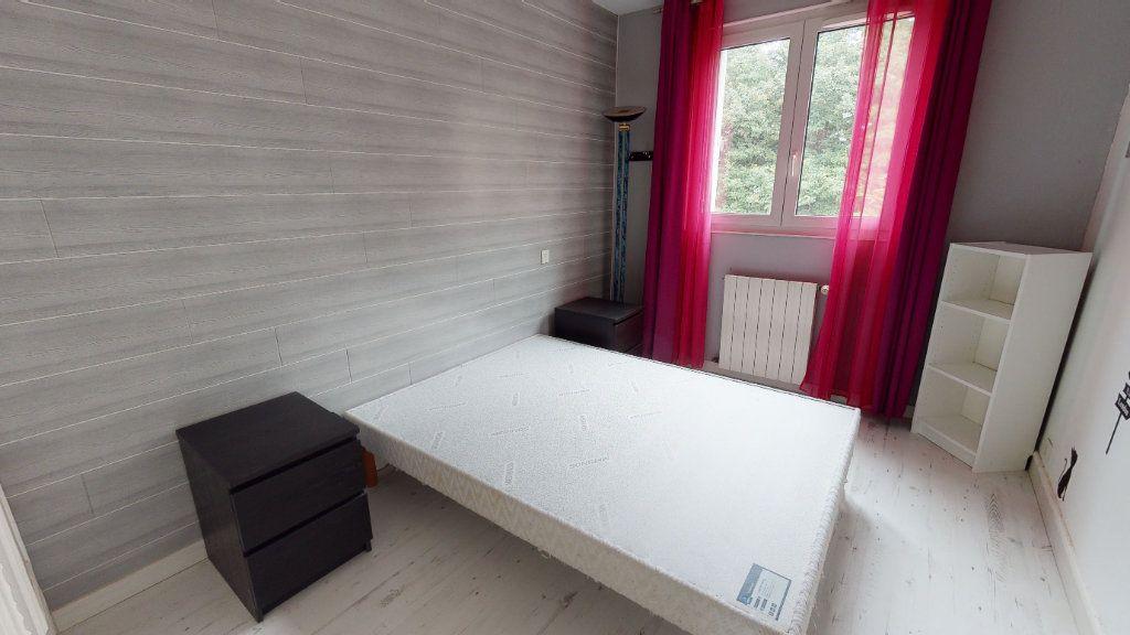 Appartement à vendre 4 66m2 à Le Plessis-Trévise vignette-4