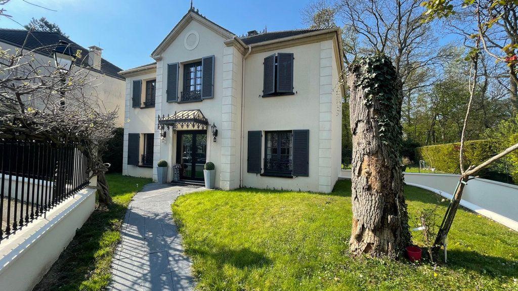 Maison à vendre 7 180m2 à Le Plessis-Trévise vignette-10