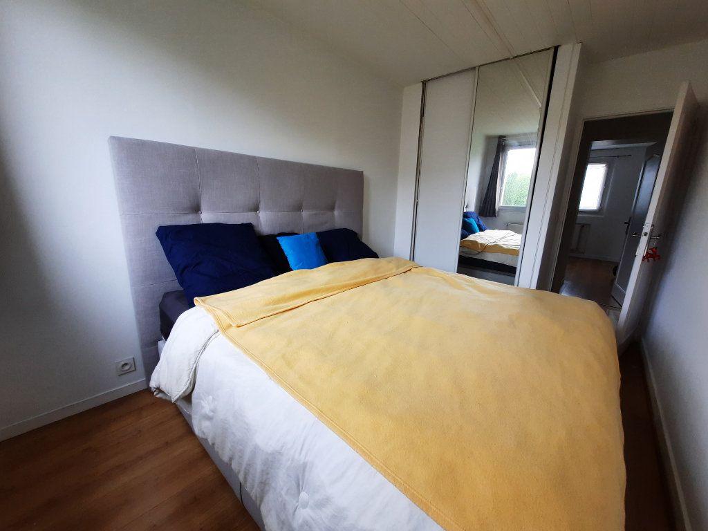 Appartement à louer 4 68.34m2 à Le Plessis-Trévise vignette-5