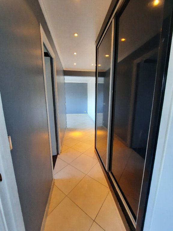 Appartement à louer 2 43.81m2 à Le Plessis-Trévise vignette-7