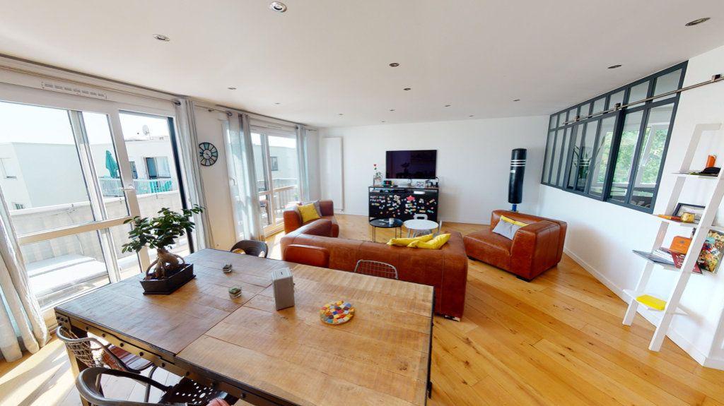 Appartement à vendre 5 94.64m2 à Le Plessis-Trévise vignette-1