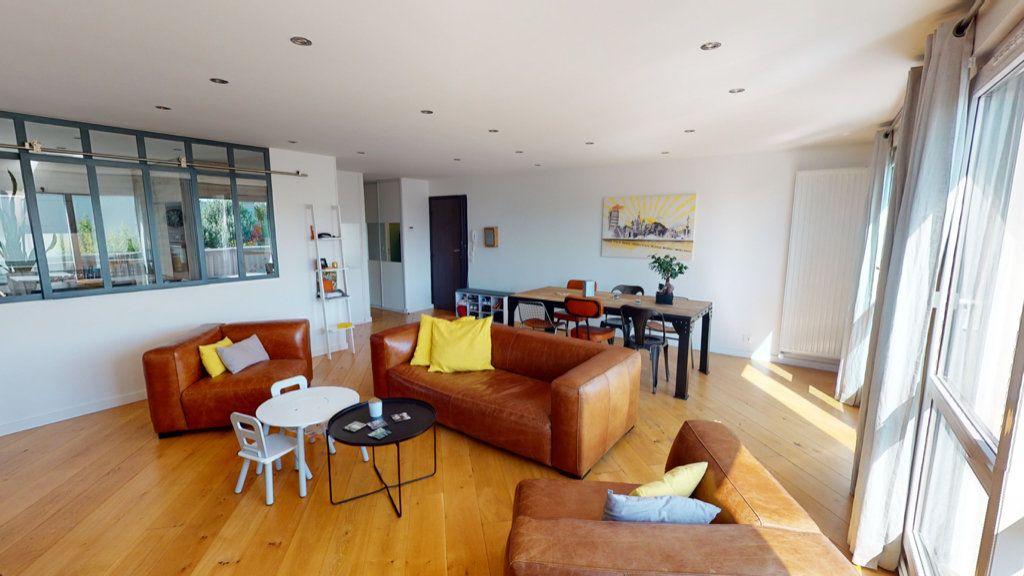Appartement à vendre 5 94.64m2 à Le Plessis-Trévise vignette-3