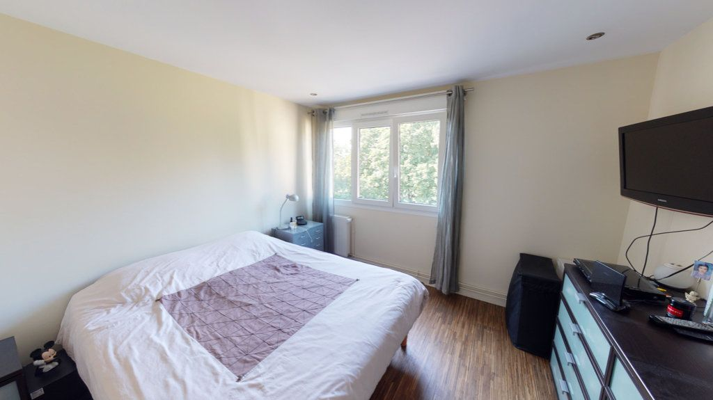 Appartement à vendre 5 94.64m2 à Le Plessis-Trévise vignette-7