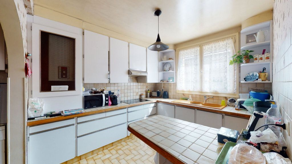 Maison à vendre 5 90m2 à La Queue-en-Brie vignette-2