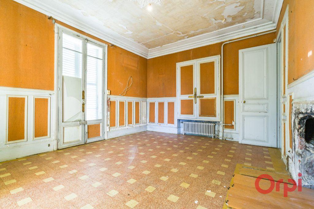 Maison à vendre 8 210m2 à Créteil vignette-6