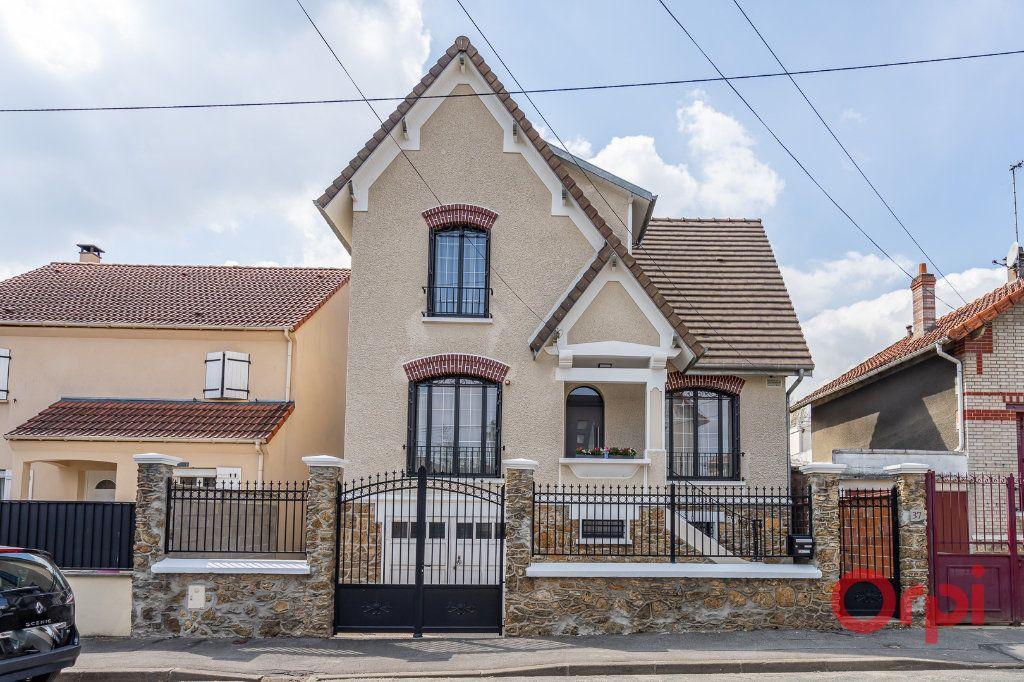 Maison à vendre 6 112m2 à Bonneuil-sur-Marne vignette-1