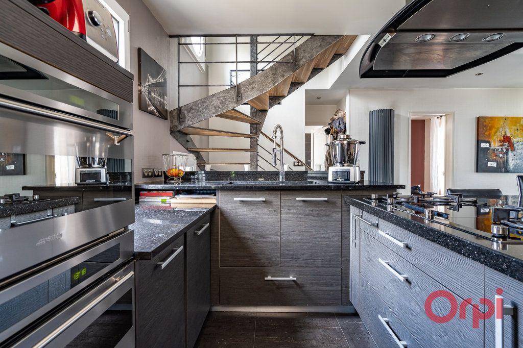 Maison à vendre 6 112m2 à Bonneuil-sur-Marne vignette-4