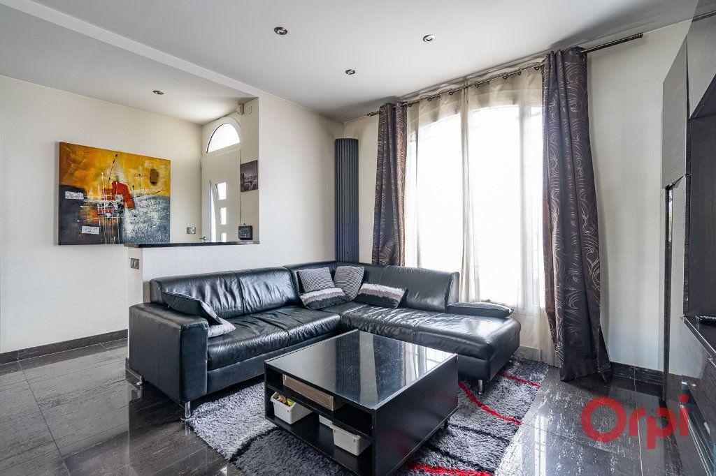 Maison à vendre 6 112m2 à Bonneuil-sur-Marne vignette-6