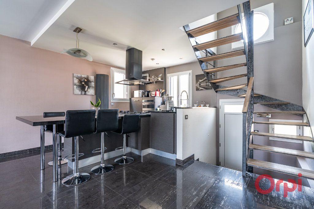Maison à vendre 6 112m2 à Bonneuil-sur-Marne vignette-9