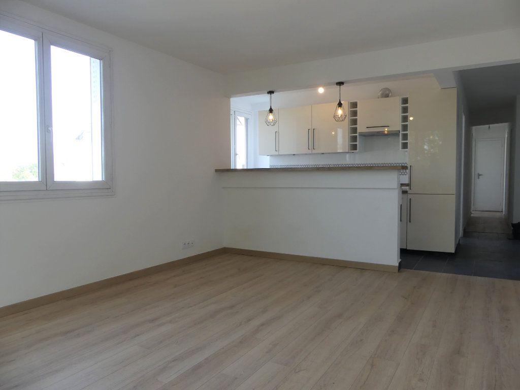 Appartement à vendre 4 71.52m2 à Créteil vignette-1