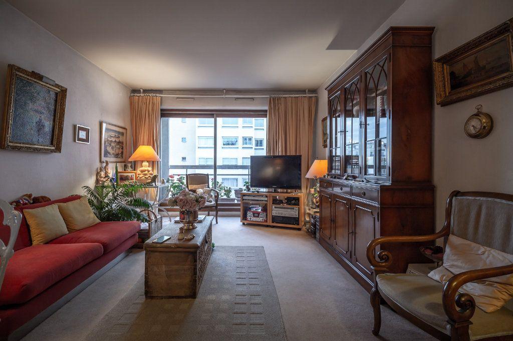 Appartement à vendre 3 68.76m2 à Nogent-sur-Marne vignette-3