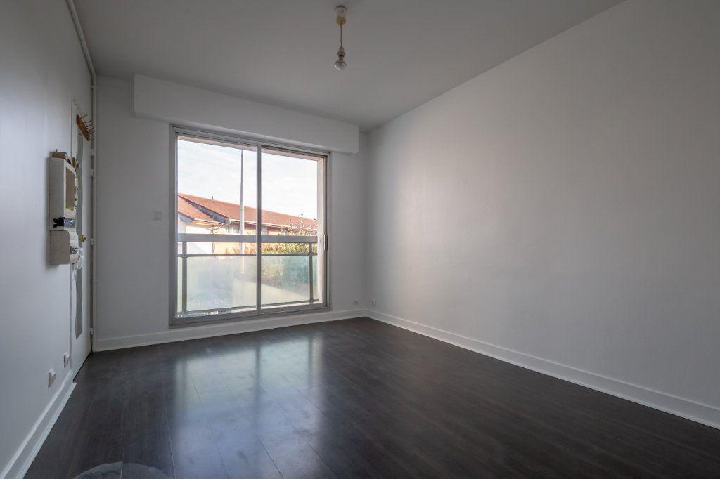 Appartement à vendre 1 23.36m2 à Le Perreux-sur-Marne vignette-1