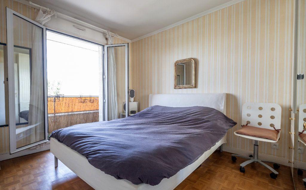 Appartement à vendre 3 61m2 à Fontenay-sous-Bois vignette-5
