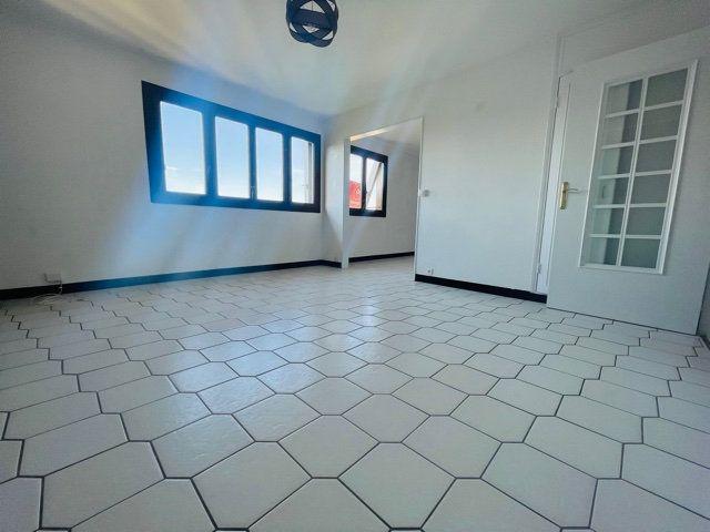 Appartement à vendre 4 80m2 à Nogent-sur-Marne vignette-2