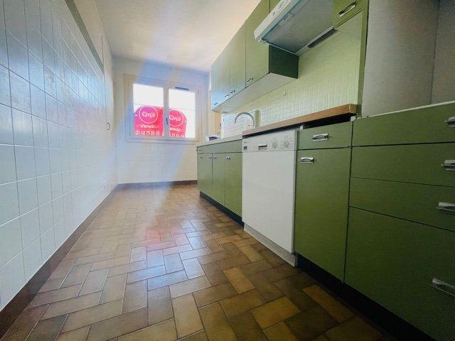 Appartement à vendre 4 80m2 à Nogent-sur-Marne vignette-3
