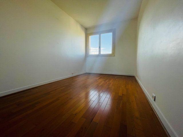 Appartement à vendre 4 80m2 à Nogent-sur-Marne vignette-4