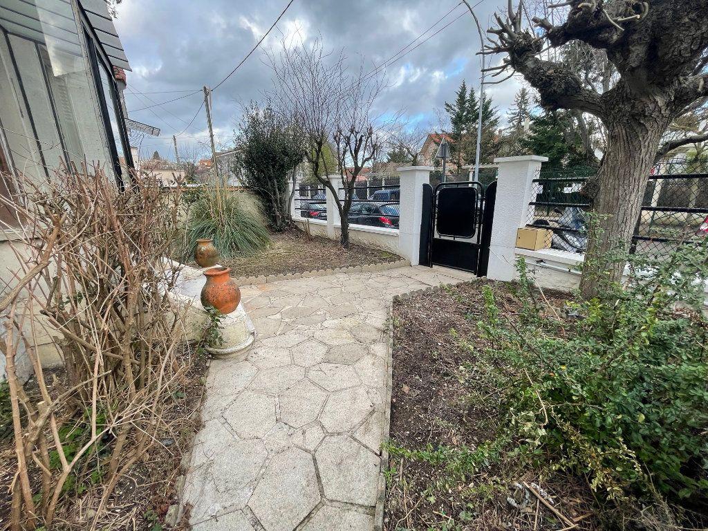 Appartement à vendre 3 66.27m2 à Nogent-sur-Marne vignette-1