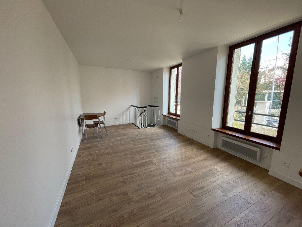 Appartement à vendre 3 66.27m2 à Nogent-sur-Marne vignette-2