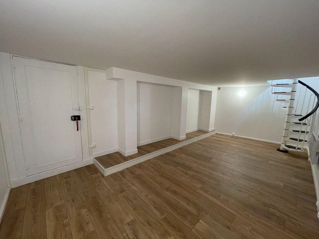 Appartement à vendre 3 66.27m2 à Nogent-sur-Marne vignette-5
