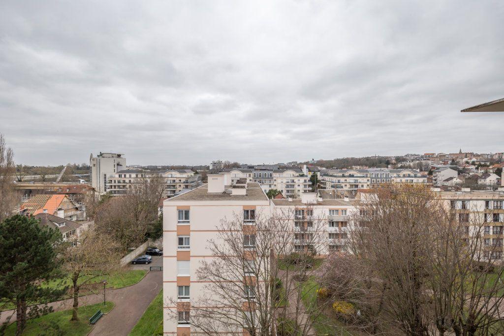 Appartement à vendre 5 94.77m2 à Nogent-sur-Marne vignette-7