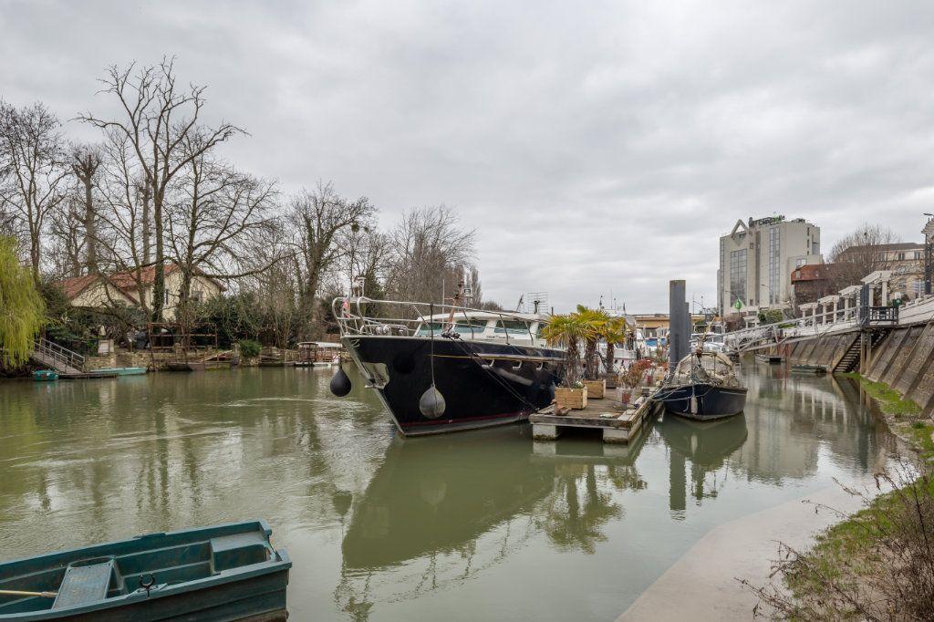 Appartement à vendre 5 94.77m2 à Nogent-sur-Marne vignette-8