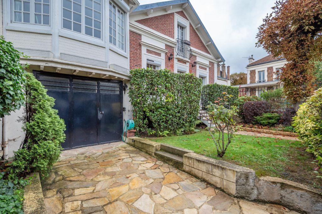 Maison à vendre 5 126m2 à Nogent-sur-Marne vignette-1