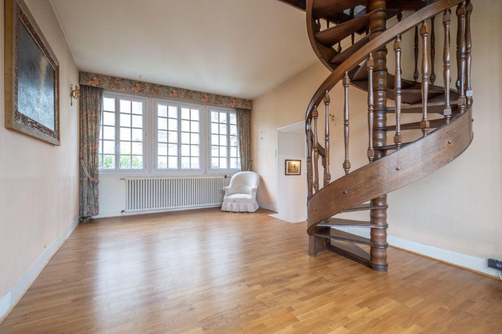 Maison à vendre 5 126m2 à Nogent-sur-Marne vignette-4