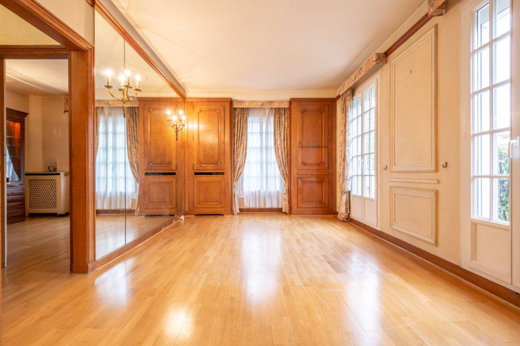 Maison à vendre 5 126m2 à Nogent-sur-Marne vignette-5