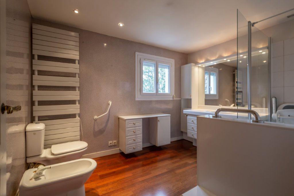 Maison à vendre 5 126m2 à Nogent-sur-Marne vignette-9