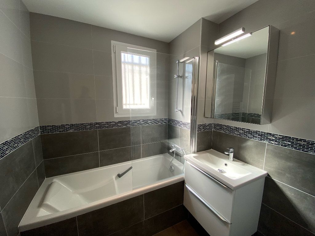 Appartement à vendre 5 104.09m2 à Nogent-sur-Marne vignette-5