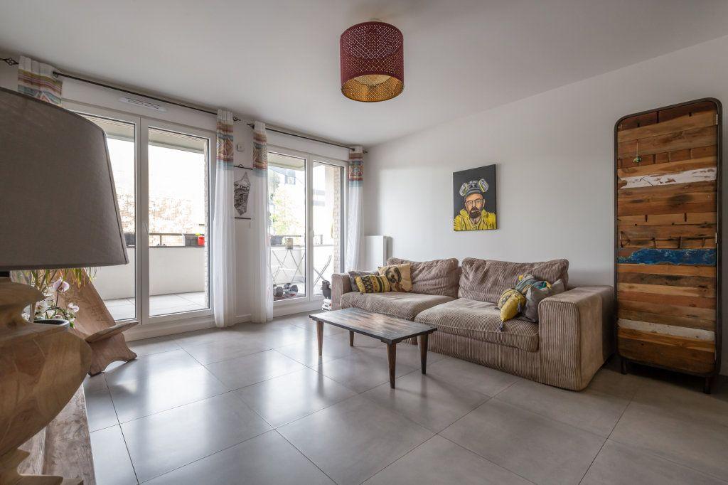 Appartement à vendre 3 60.35m2 à Le Perreux-sur-Marne vignette-1
