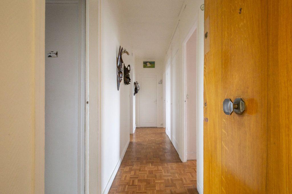 Appartement à vendre 3 69.8m2 à Le Perreux-sur-Marne vignette-1