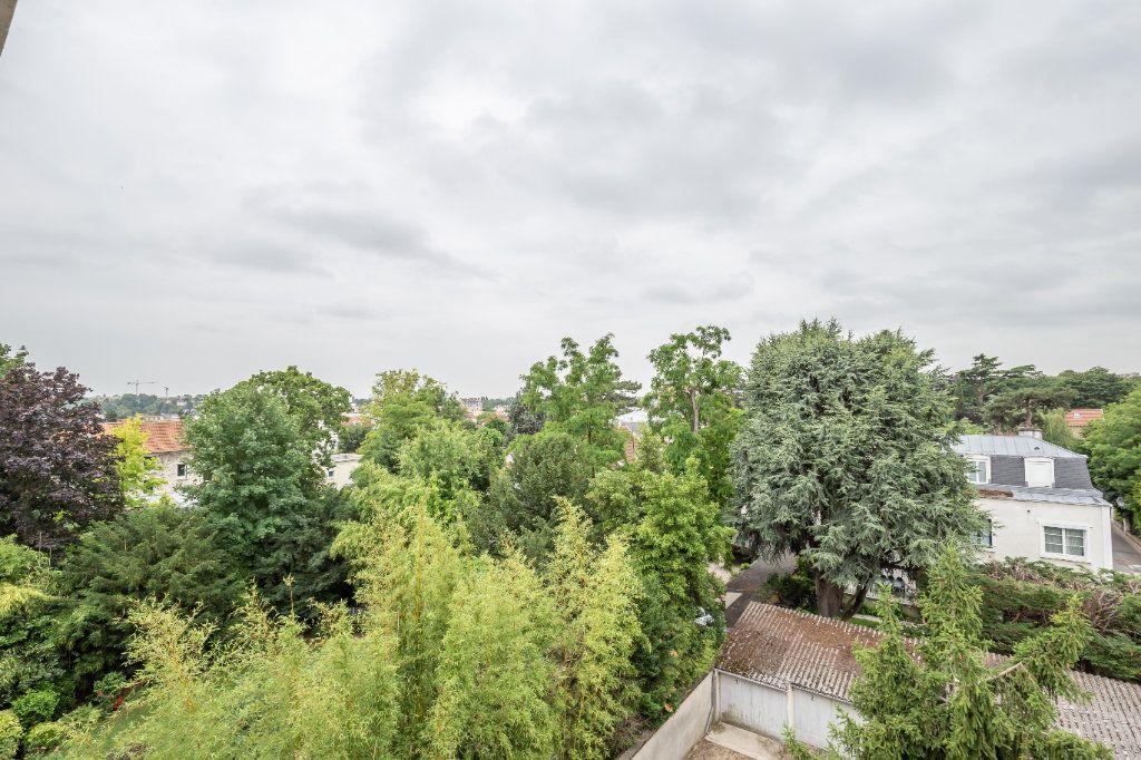 Appartement à vendre 3 69.8m2 à Le Perreux-sur-Marne vignette-4