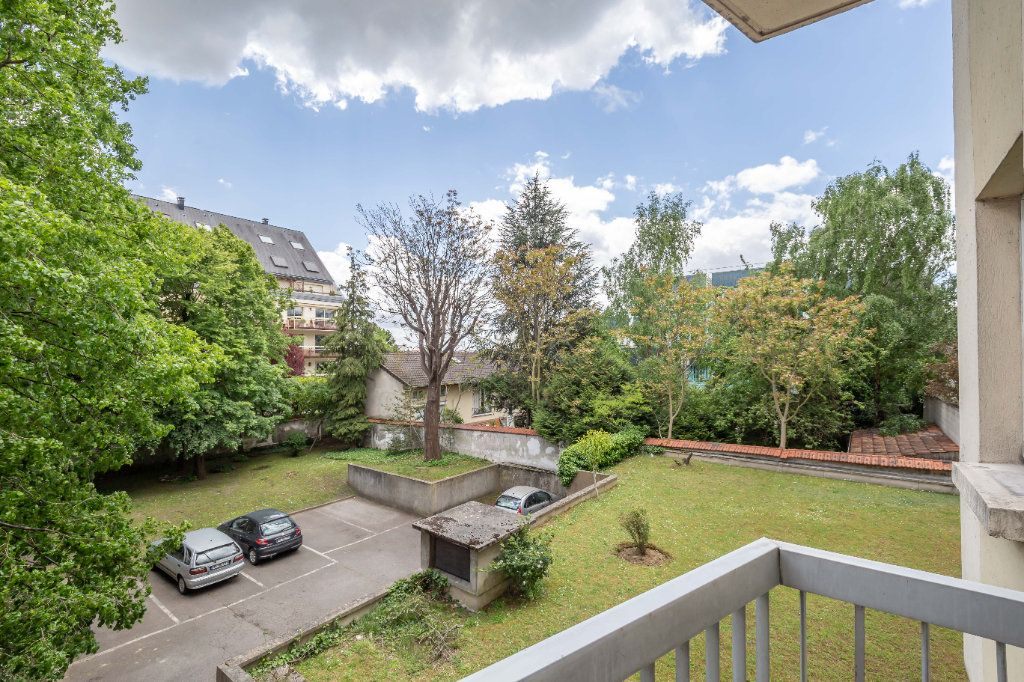 Appartement à vendre 3 68m2 à Nogent-sur-Marne vignette-4