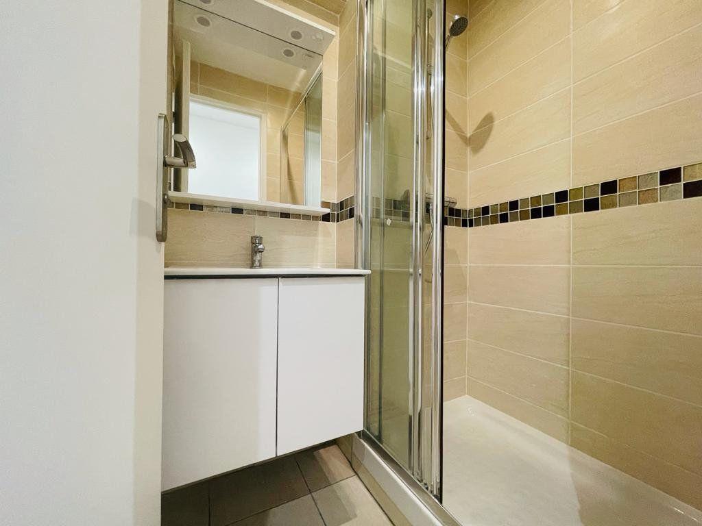 Appartement à vendre 5 95.54m2 à Le Perreux-sur-Marne vignette-4