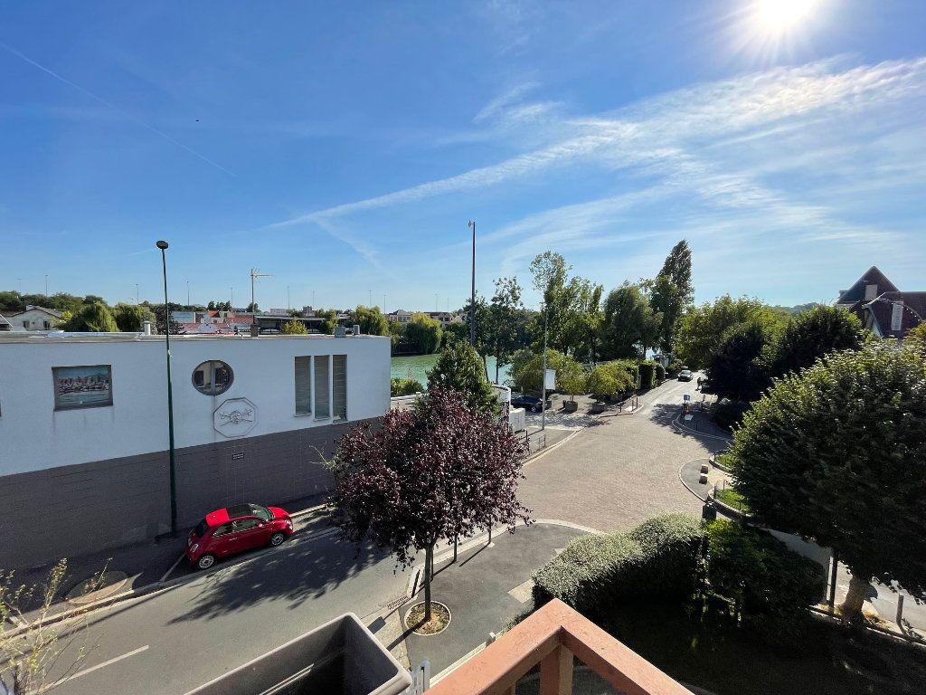 Appartement à louer 1 38m2 à Nogent-sur-Marne vignette-5